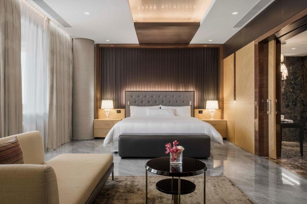 5 star accommodation available in Qatar